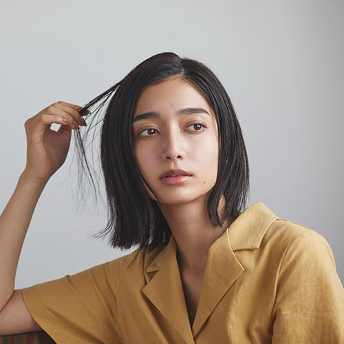 質感の違いで魅せる テクニックいらずのヘアスタイル3選