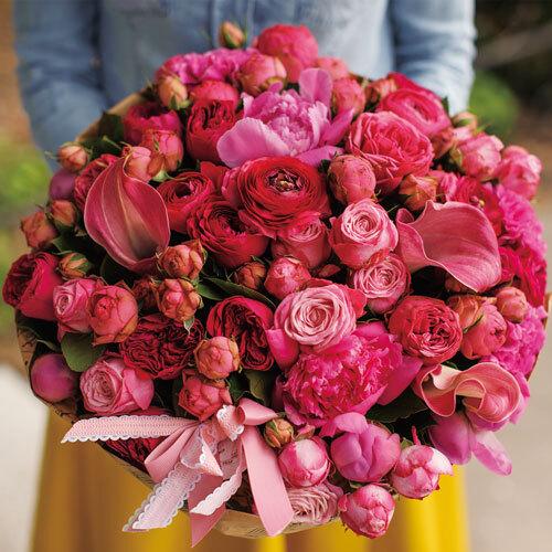 花の精油でひらく優美さと健やかさ